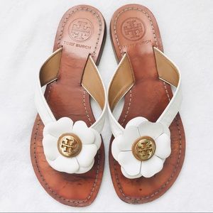 Tory Burch Shoes - Tory Burch white flower logo flip flop sandals